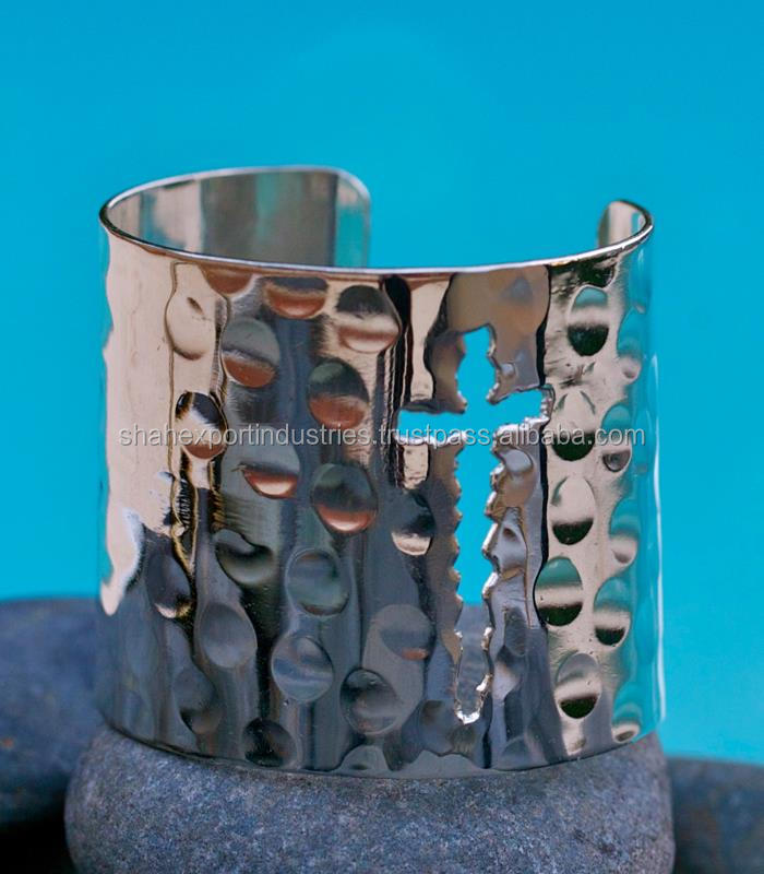 Fashion style silver cuff bracelet from manufacturer