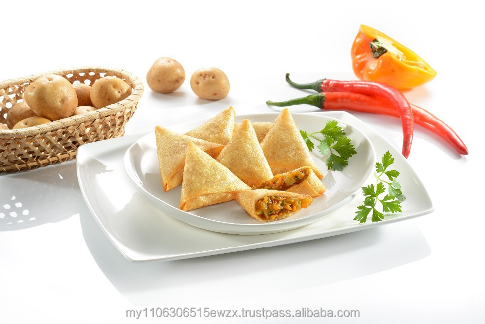 Vegetable spices halal convenient finger food Curry Samosa