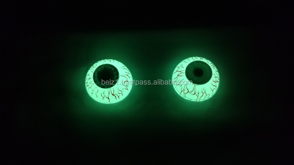 Glow in the dark green scary eyes for creepy toys halloween props