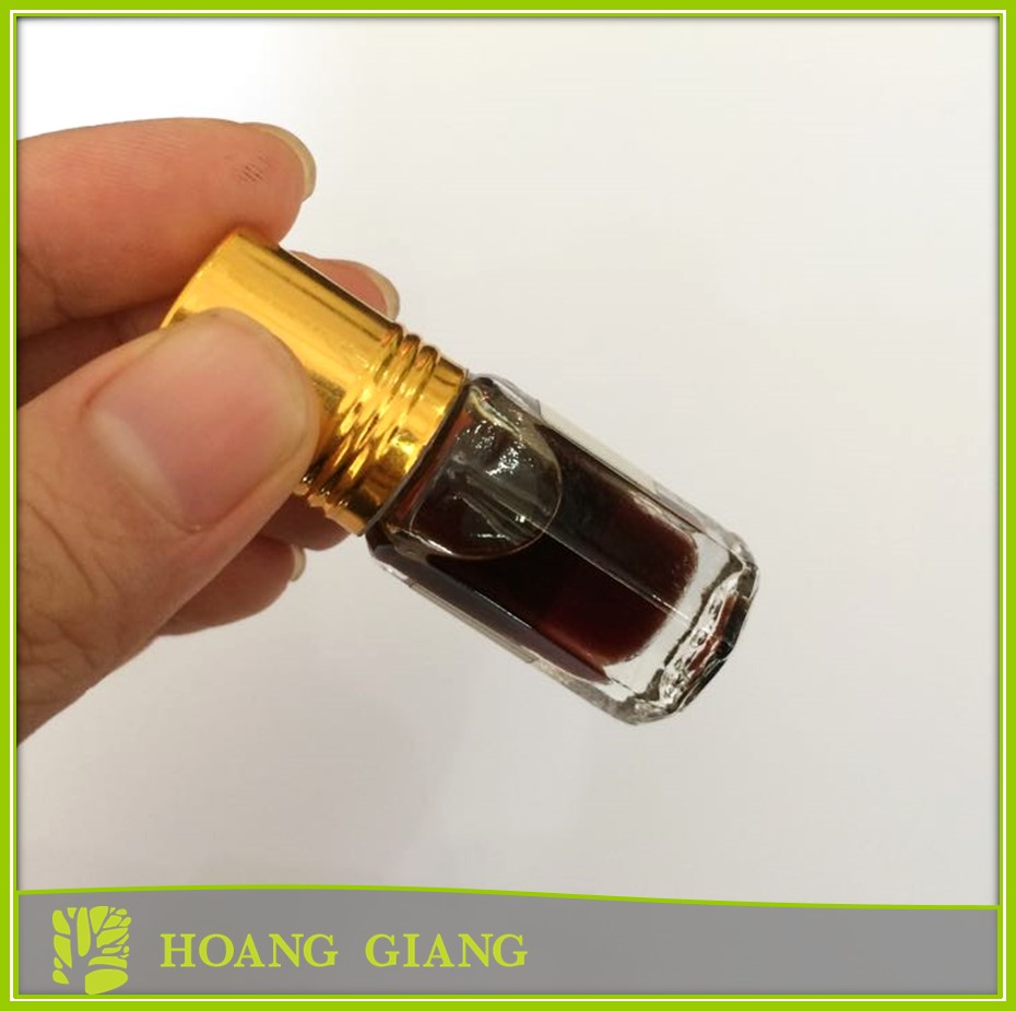 Agarwood (oud) oil B price from Vietnam