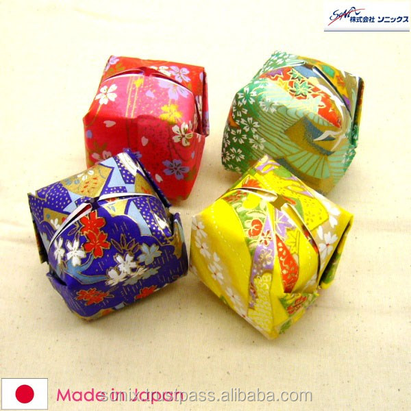 CHIYOGAMI , ORIGAMI paper , suitable for making traditional arts and crafts