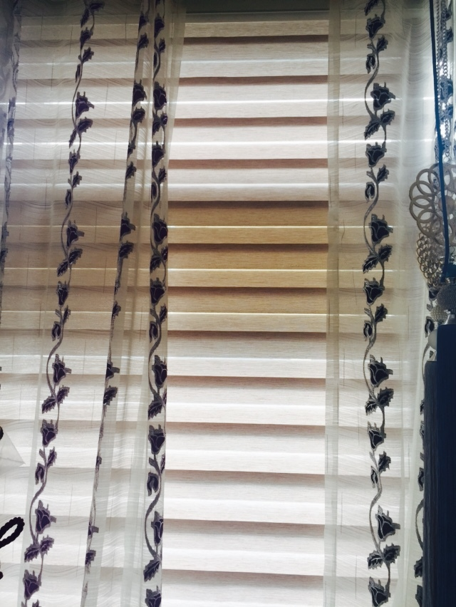 Wholesale ready made zebra roller blinds