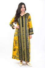 Moroccan djellaba , Chic yellow Jellaba embroidered with silk thread