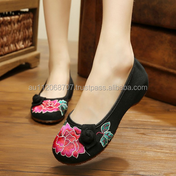 Women's Shoes Old Peking Flower Embroidery Slip On Flat Casual Cloth Walking Shoes Oxford Sole