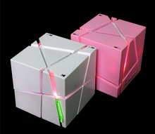 high quality Qone magic cube super bass portable music bluetooth mp3 music fantasy color speaker with led
