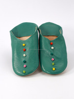 New product 2016 round leather oriental green women shoes, decorated with buttons