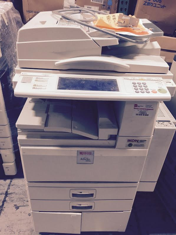 RICOH 3035 COPIER WITH DF, SR790 ON A CABINET METER 226,685