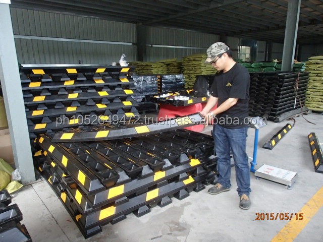 Pre-Shipment Inspection for Traffic Barricades & Safety Barriers in China