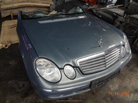 Mercedes Benz W211 Half Cut