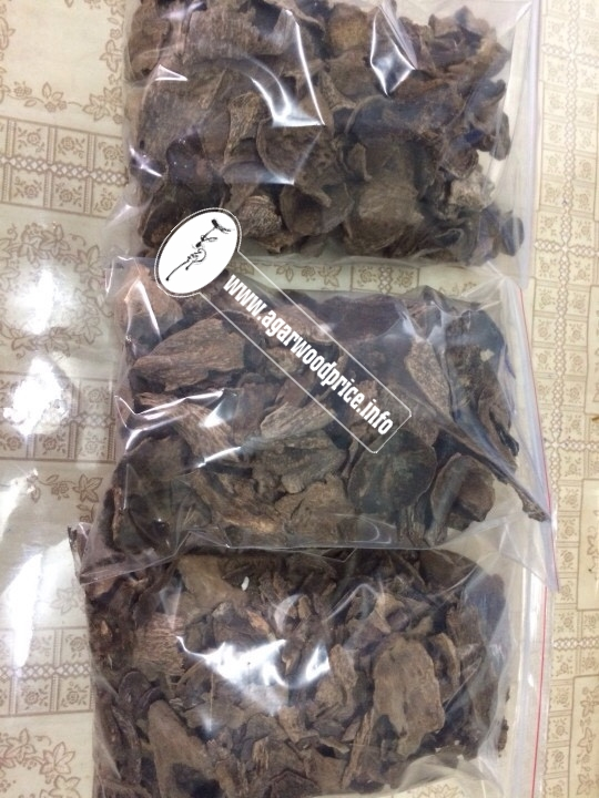Vietnam Natural Agarwood, Wild Oud wood chips - Precious heart wood on the earth, welcome all buyers