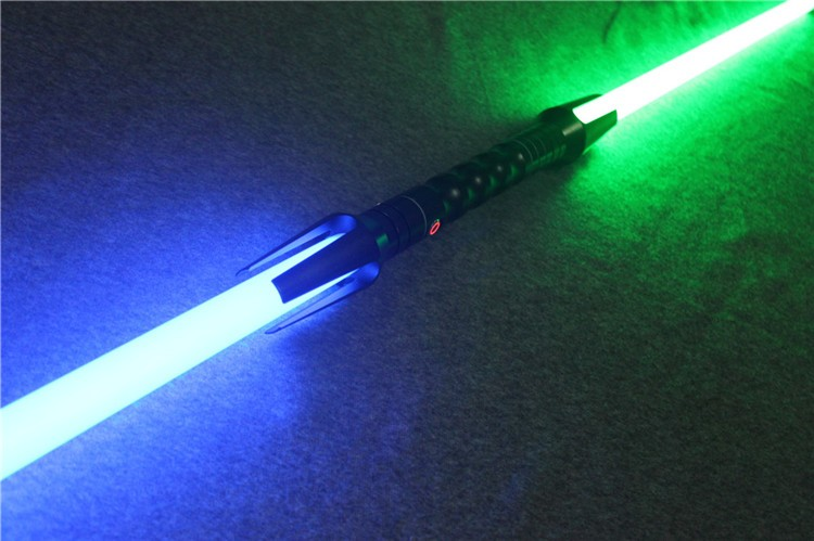 2017 New Design OEM Lightsaber With Double Blade