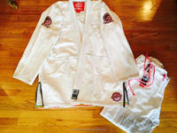 custom bjj Shoyoroll her honor uniform/JIU JITSU UNIFORM/shoyoroll cut bjj uniform