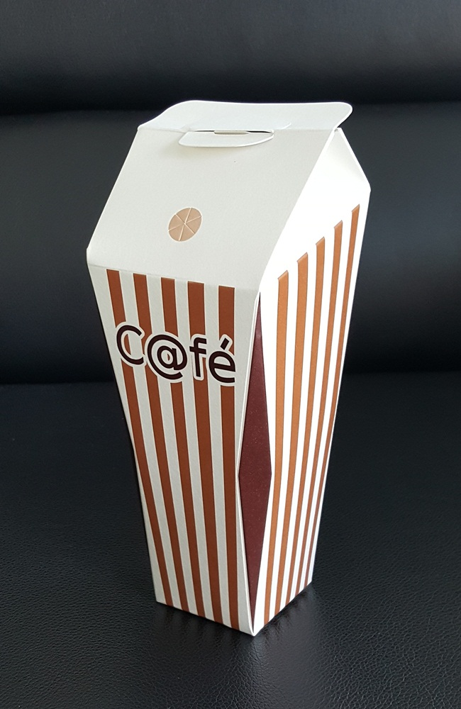 22 OZ paper cups.,No. A,Tall cups paper.vertical white stripes and brown.480 piece per box.PE coated paper.