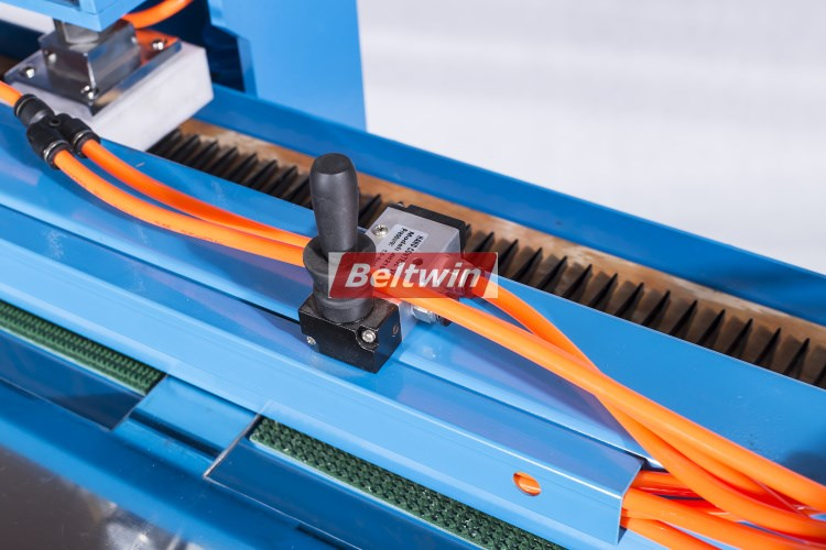 Beltwin PVC PU Conveyor Belt Portable Finger Punch machine Equipment