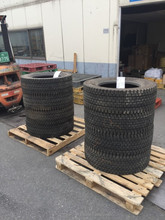 Used Car & Truck Tires, Radial Type, Tubeless (Airless Rubber) Tyre Wholesale Japanese Brands 11R 12R 22.5