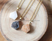 Fashion High Quality Titanium Coated , Druzy Agate Quartz Drus Natural Druzy Stone Necklace Gold Plated Chain Necklaces