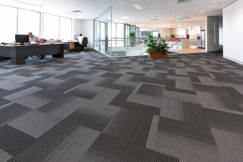 anti-fire polyester plain nonwoven outdoor carpet/floor carpet/exhibition carpet
