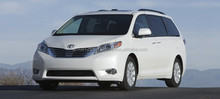 Durable and Japanese used toyota sienna with good fuel economy made in Japan