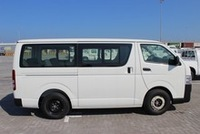 New Toyota Hiace 2.5 Dsl High Roof mini bus