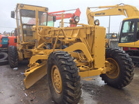Used Komatsu GD661 motor grader with good appearance for sale