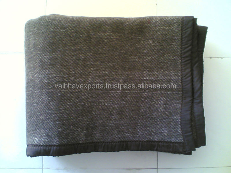Low Price Acrylic Woven blankets made from fine acrylic yarn