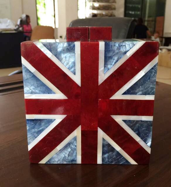 union jack enlaid shell purse