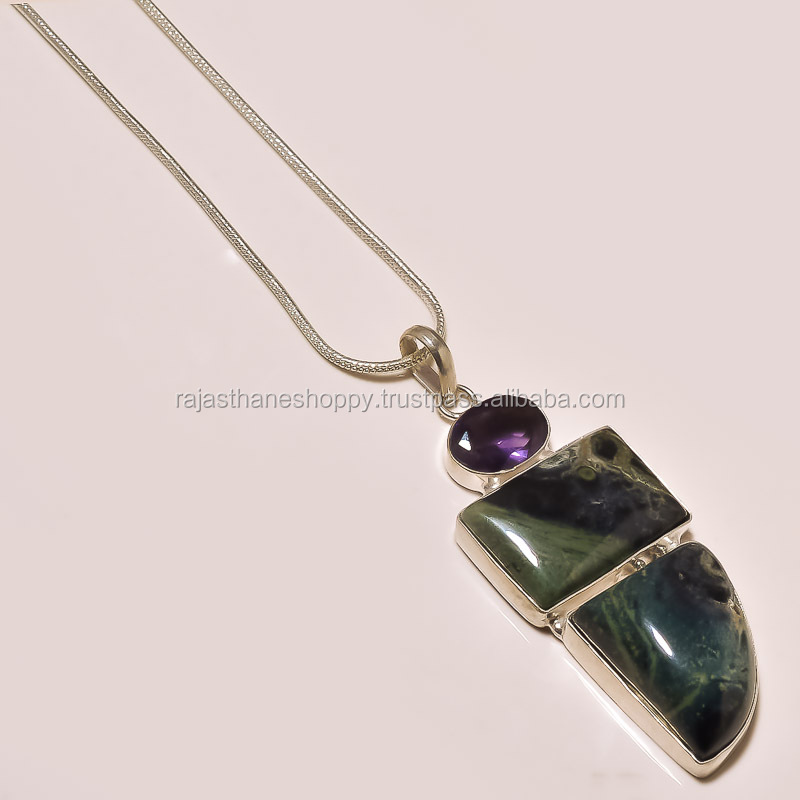 women's new year special gift Pendant Chain Set in Gemstone