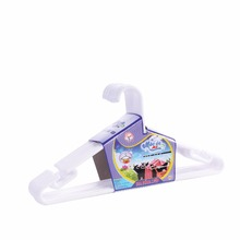 Plastic clothes hanger: solid with wide hook, easy to use