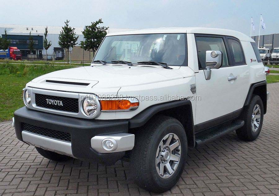 B/NEW CAR - TOYOTA FJ CRUISER XTREME 4X4 (LHD 821022)