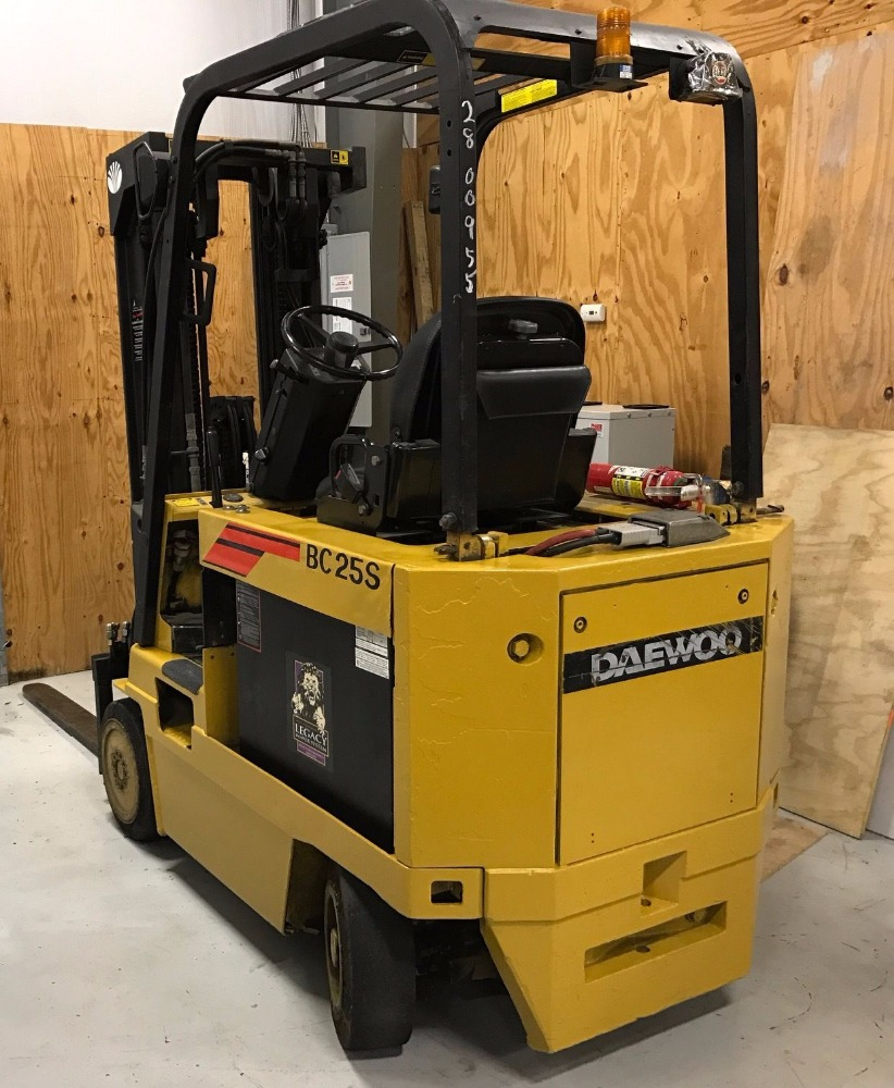 Lowest price 2 ton diesel forklift for sale
