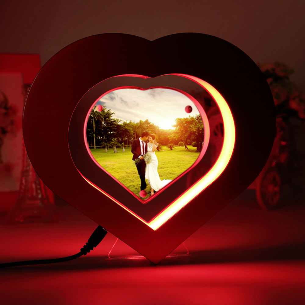 Red Heart Shaped Floating Photo Frame LED Light Magnetic Levitation Pictures Frame Wedding Decoration Novelty Gift 2017 New