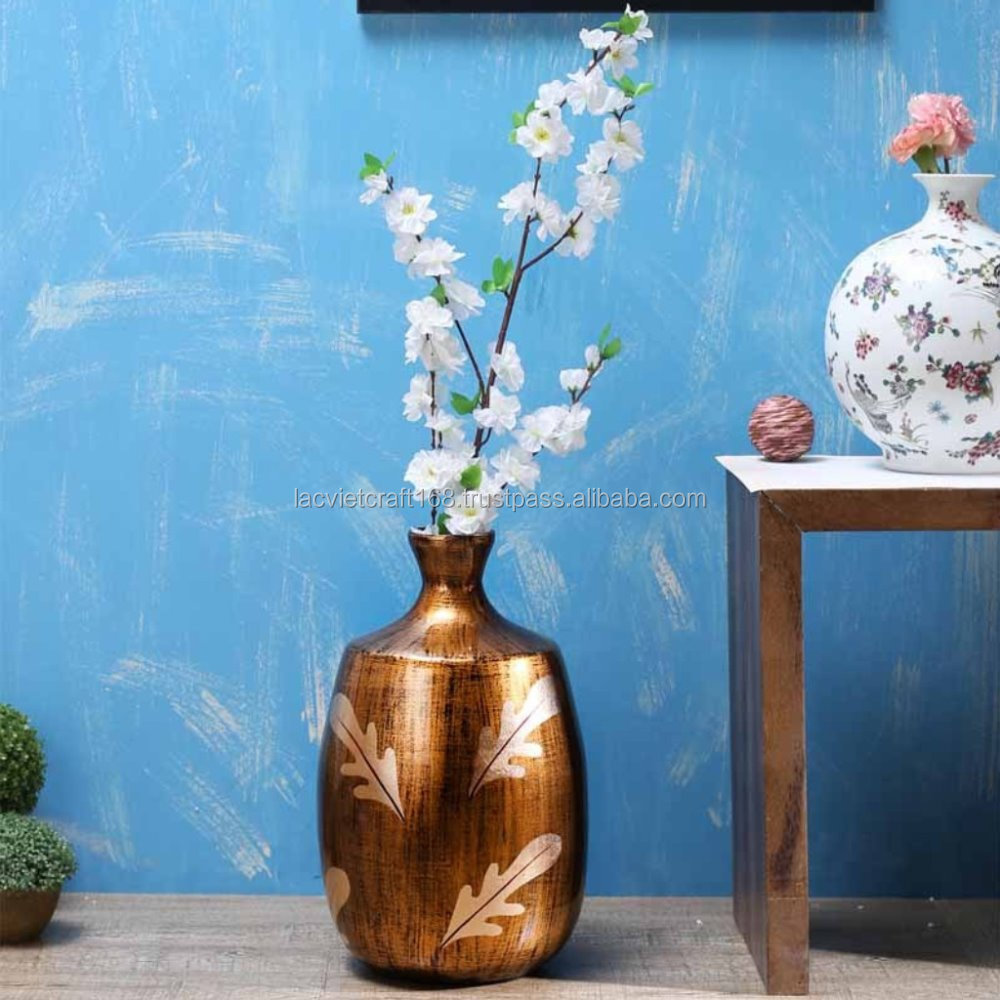 Best selling High quality eco friendly The Small Golden Brown Bamboo Lacquer Vase with cream leave from Vietnam