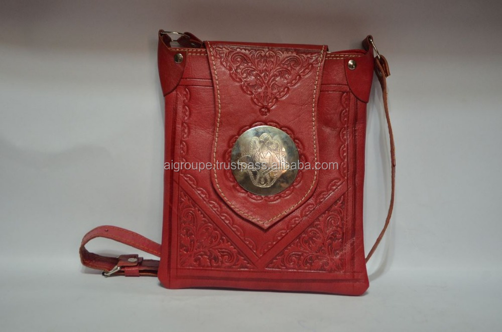 Tongue bag, Popular engraved shoulder bag made of calf leather and silver