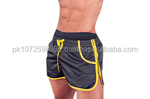 Wholesale OEM Lightweight Polyester Black color Gym Shorts/ hot sale gym short with Side Panel