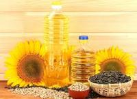 Double Refined/Cold Pressed/Crude Sunflower oil Available in Bulk