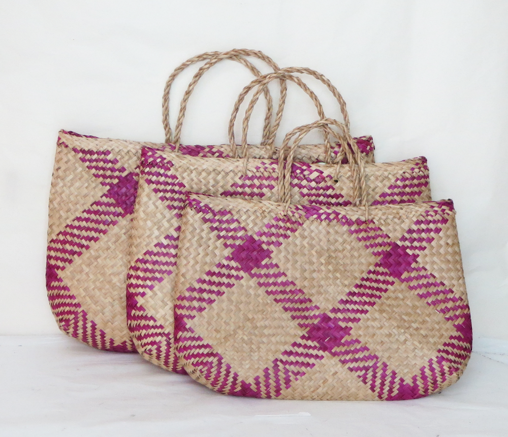Eco-friendly Foldable Seagrass Handbags At Best Price