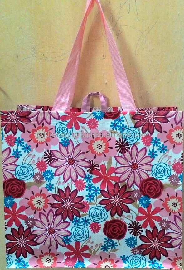 Fashionable shopping bag for gift shop 30*33cm recycled PP woven 100% ink coverage shopping plastic bag
