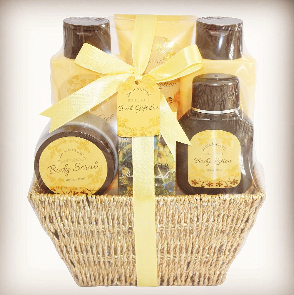 Full Bathroom Bath Gift Set OEM ODM Luxury Spa Bath Products
