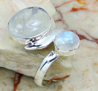 Flashy Moonstone New Designs Silver Ring Wholesale Jewelry
