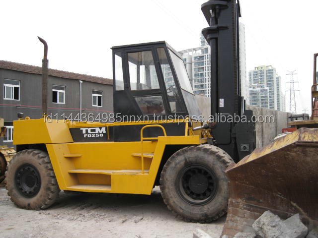 used TCM forklift 25T Japanese forkman 25 tons truck hot sale good performance in Shanghai