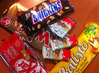 Snickers Kinder Surprise Kinder Bueno Kinder Joy Kinder Chocolate Mars, Twix, Snikers Ferrero Rocher