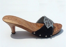 WOOD CLOG/FASHION WOODEN CLOG/ WOODEN SHOES