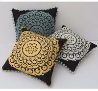 2016 New Embroidery Single Color Design Fancy Cushion Cover with Small Pom Pom