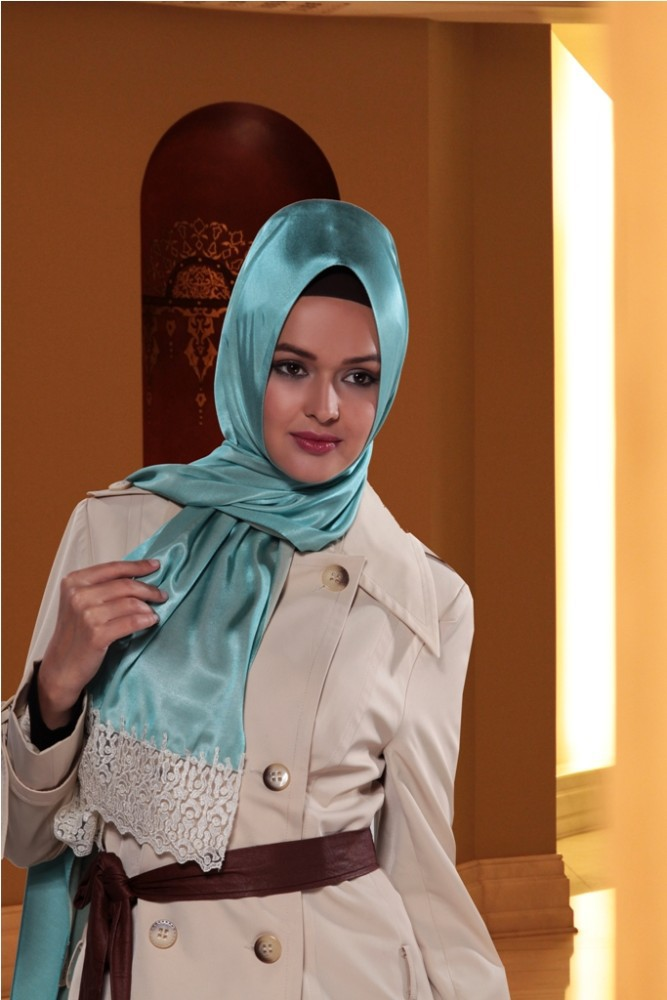 2015 New Style Exclusive High End Silk Looking Laced Hijab shawl 1067