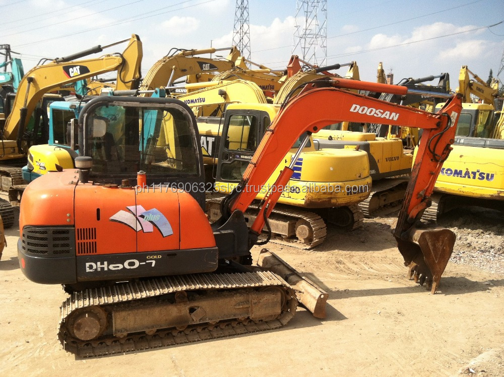High-quality complete accessory and no oil leaking used Korea Doosan DH60-7 excavator in shanghai for sale