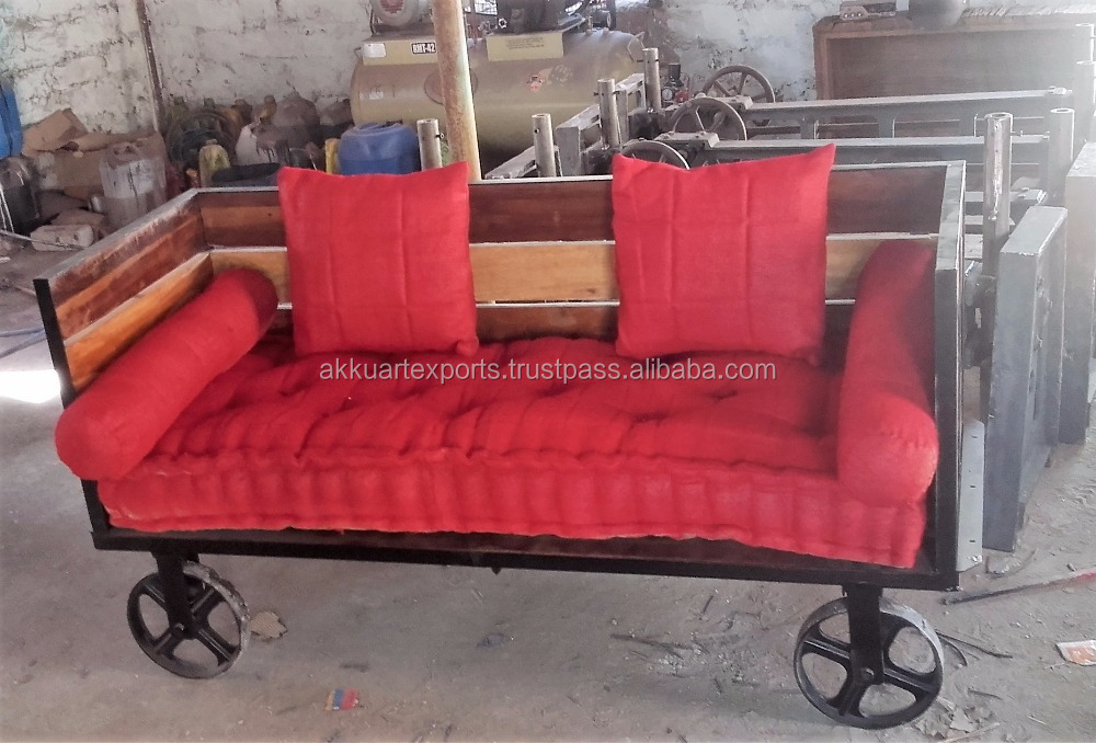 1875 ROYAL HERITAGE INDIAN INDUSTRIAL DAY BED SOFA ON WHEELS