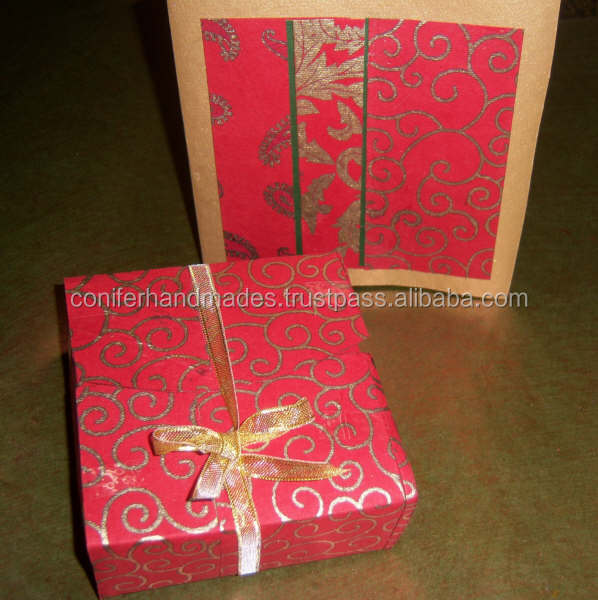 Handmade Paper Favor Boxes along with matching cards for wedding favors, baby showers, weddings