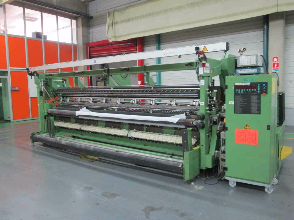 Online auction for textile machinery