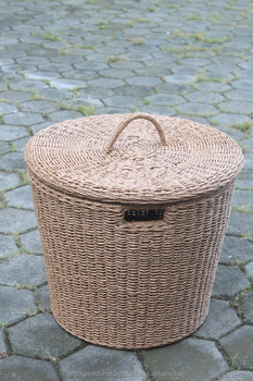 Kharkiev Wickers Basket in PE Rattan waterhycinth