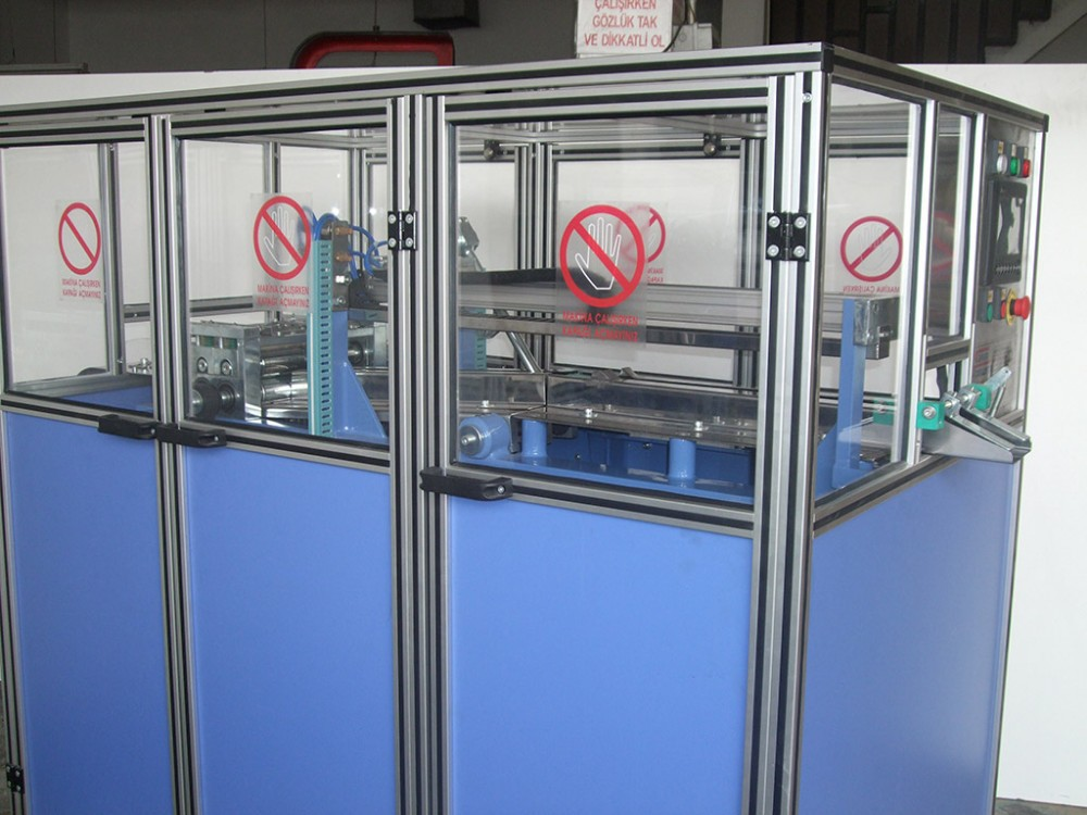 Semi Automatic Zik Zak Cotton Packaging Machine
